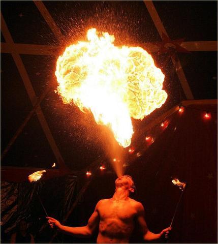 fotocommunity3 - (Wasser, Feuer, spucken)