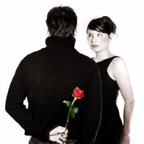 schüchtern aber fest entschlossen - (Liebe, Verlobung)