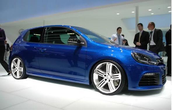 Wie Genau Heißt Se Autofarbe Gold Gti Auto Golf Vw 7 R 2017 Blue Blau Volkswagen