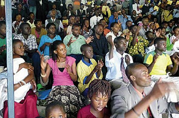 Zeugnisgeben in der Gebärdensprache (hier in Ruanda) - (Religion, Zeugnis, zeugen-jehovas)