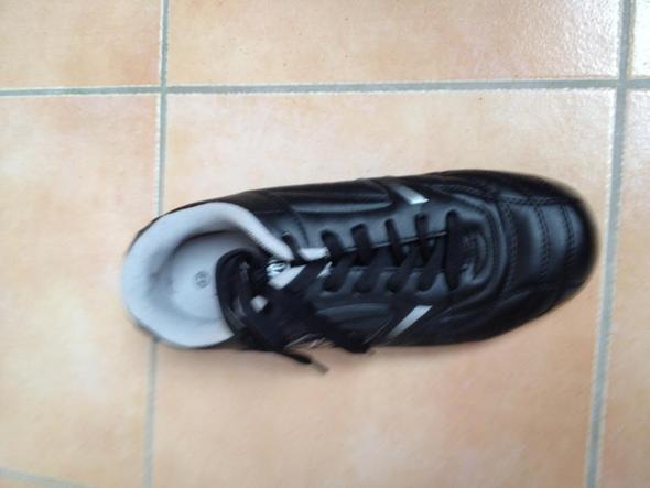sorry wegen der schlechten Qualität - (Schuhe, joggen, laufen)