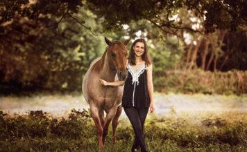 Photoshooting horse?