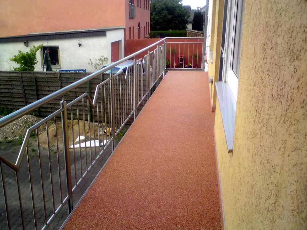 balkonsanierung wer kennt gute firmen im raum d ren kreis d ren bzw erftstadt k ln balkon. Black Bedroom Furniture Sets. Home Design Ideas