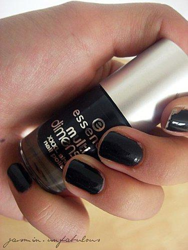 welche nagellackfarbe passt hierzu nagellack farbkombination. Black Bedroom Furniture Sets. Home Design Ideas