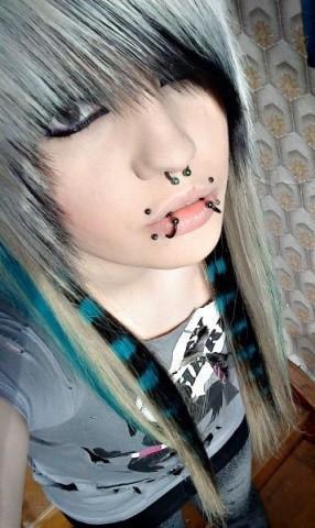 Mona Masacre - (Haare, färben, Emo)