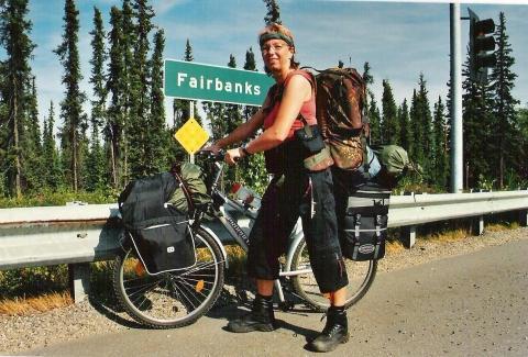 Alaska 2004 Ortsausgangsschild Fairbanks - (Reise, DVD, Reportage)