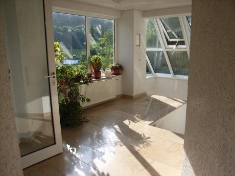 ist es erlaubt im treppenhaus eines mehrfamilienhauses seine w sche zu trocknen mietrecht. Black Bedroom Furniture Sets. Home Design Ideas