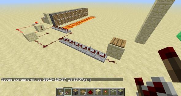 je mehr redston repeaterr , umso später werden die kolben ausgefahren - (Minecraft, falle)