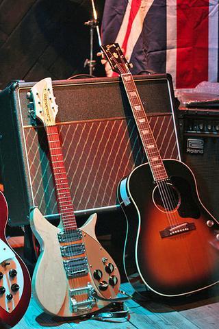 Gitarren die John Lennon spielte - (Musik, Gitarre, The Beatles)