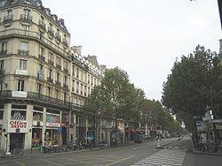 Boulevard - Sebastpool im Haussmann-Stil - (Frankreich, Paris, Revolution)