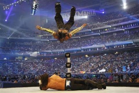 Swantonbomb - (Wrestling, Stuntmänner, echt o. unecht)