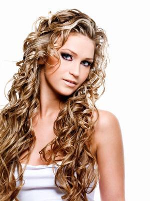 lange, lockige Haare - (Frisur, Locken)