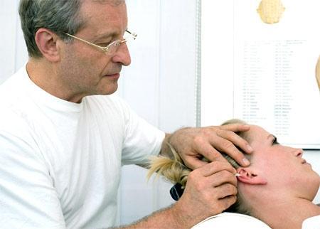 Heilungschancen durch externe Hirnstimulation - (Medizin, Physiotherapie, Unruhe)