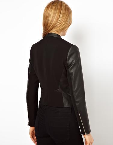 schwarze Jacke von hinten - (Frauen, Klamotten, Style)
