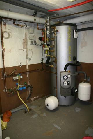 300 Liter Warmwasserspeicher - (Elektrik, elektro, schuetzen)