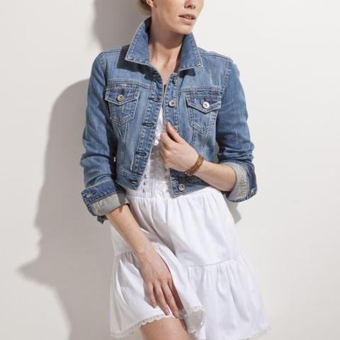 Jeansjacke kombinieren kleidung jacke jeans for Jeansjacke kombinieren
