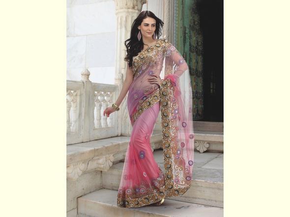 unterschiede zwischen einem sari und einem lehenga hochzeit pr sentation unterschied. Black Bedroom Furniture Sets. Home Design Ideas