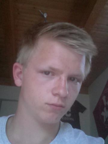 Männerfrisur Kurz Dünne Blonde Haare Schnelle Antwort Sommer
