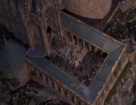 Eingangshof, naja, keine direkte Vogelperspektive, aber immerhin ;) - (Foto, Harry Potter, Hogwarts)