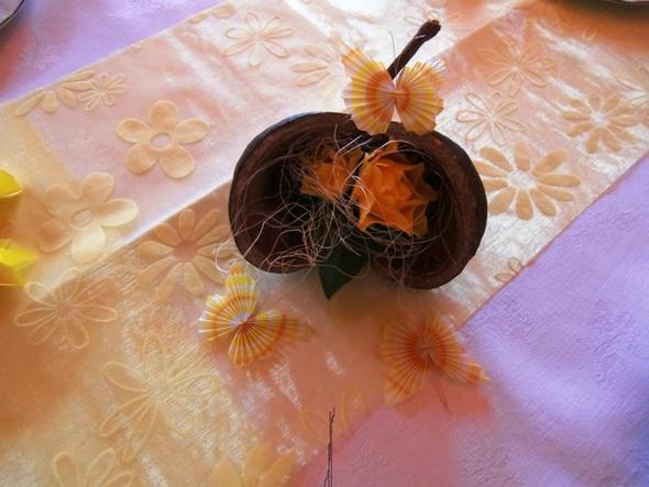 Mit Frischblumen  - (Urlaub, basteln, Kokosnuss)