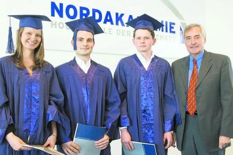 Abschluss - (Abschluss, Fachhochschule)