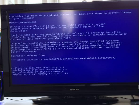 Endlich habe ich ihn erwischt! Das ist der Bluescreen. - (Computer, PC, Windows)