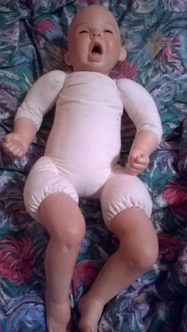 Puppe - (schwer, Puppen, Porzellan)