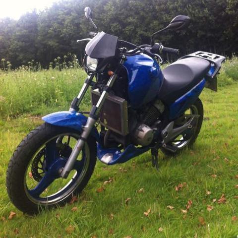 Honda Varadero  - (Motorrad, Moped, 125ccm)