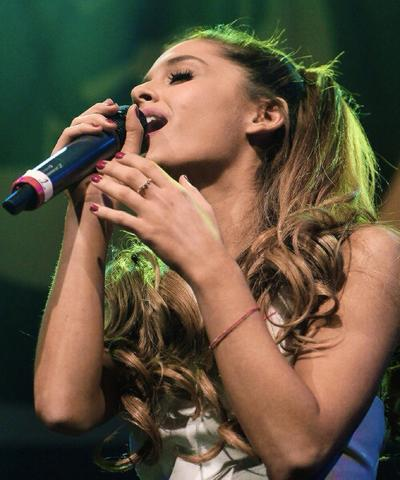 Ariana Grande - (Theater, Ariana Grande, broadway)