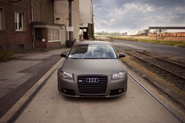 Der Grill wie abgebildet - (KFZ, Tuning, Audi)