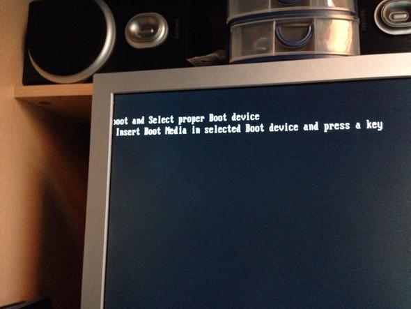 ?oot and Select proper Boot device Insert Boot Media in selected Boot device... - (PC)