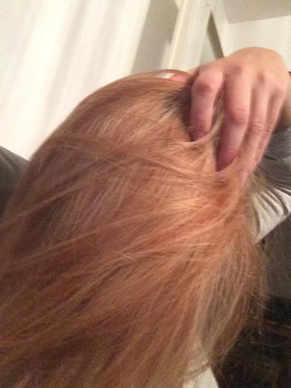 Das Öl für das Haar des Kindes