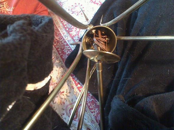 wie kann ich ein 50 jahre kronleuchter neu verkabeln elektrik restaurieren sputnik. Black Bedroom Furniture Sets. Home Design Ideas