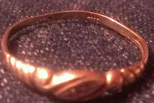 Bild 1 - (Schmuck, Gold, Ring)