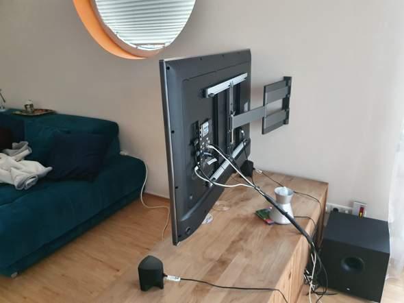 75 Zoll Fernseher befestigen?