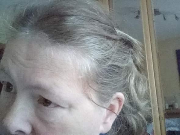 Haare ansatz dunkle grauer Ansatz nachfärben:
