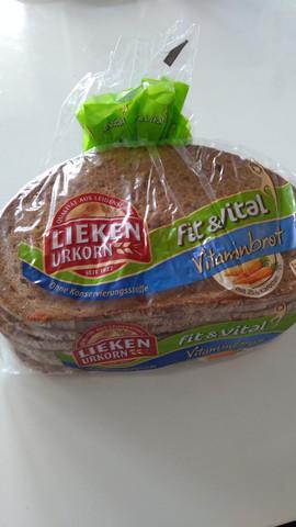 - (essen, Brot, abgelaufen)