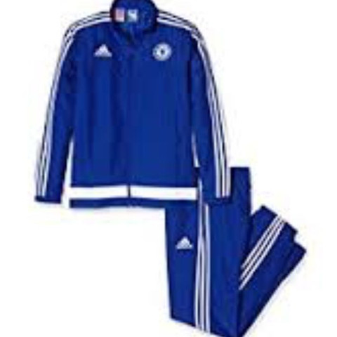 Adidas Chelsea Trainingsanzug? (Sport, Fußball)