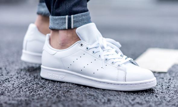 Originale Adidas Schuhe noch nie getragen