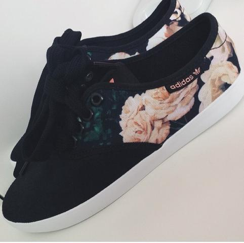 491c15e6284d50 Adidas Schuhe Mit Blumen jetzt-lastminute-pauschalreise.de
