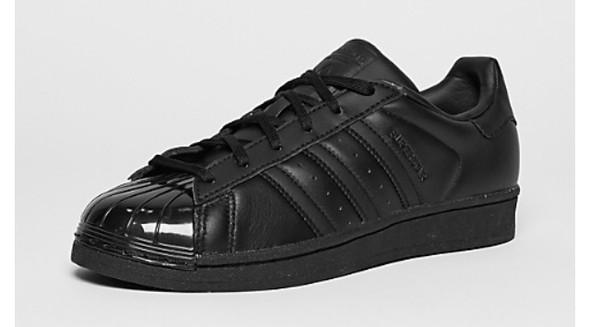 Schwarz mit Glossy spitze - (Schuhe, adidas)