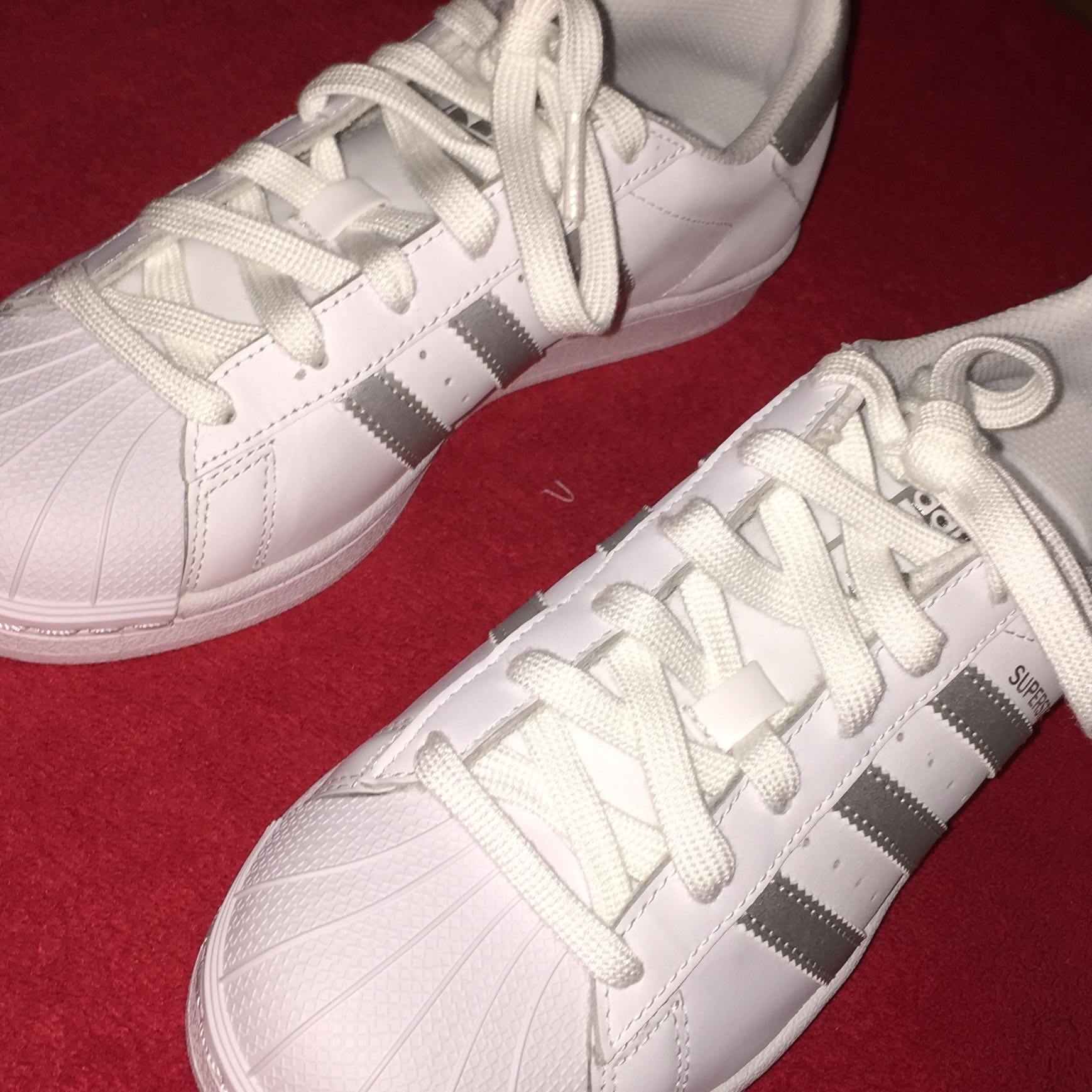 best cheap 27d80 4e2ce adidas superstars silberne streifen