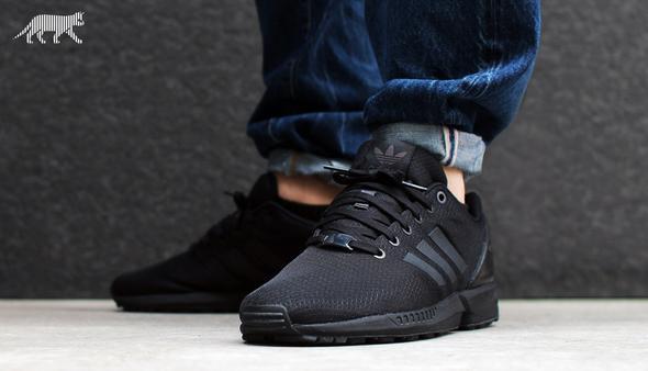 Adidas Flux In Schwarz