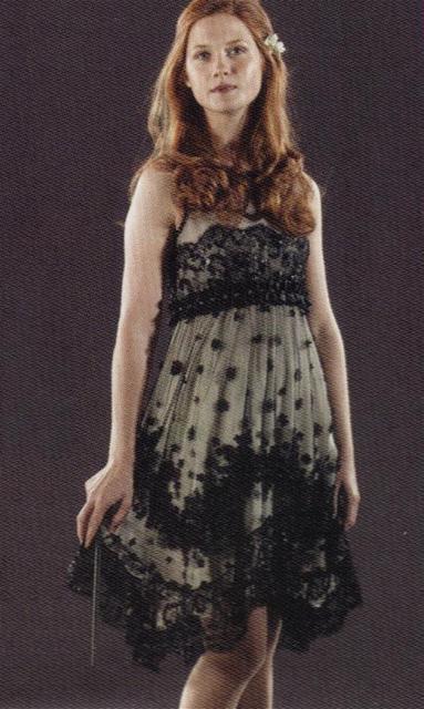 Ahnliches Kleid Wie Ginny Weasly Auf Der Hochzeit Tragt Film Mode Kleidung