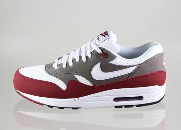 Nike Air Max Weinrot