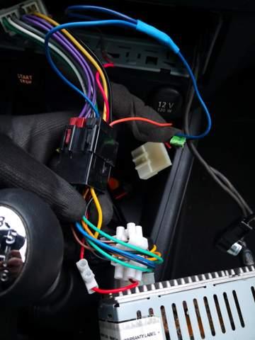 Aktiver subwoofer im Auto funktioniert nicht einwandfrei? Megane 3?