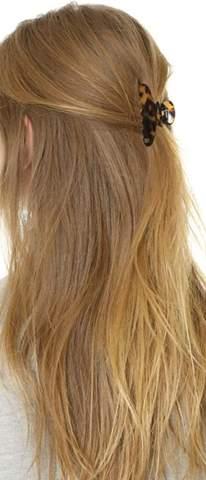 Als Junge mit langen Haaren Haarkrebs/Haarklammer?