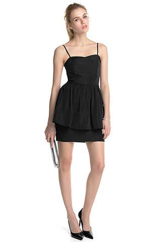 als m dchen verkleiden welches kleid anziehen junge. Black Bedroom Furniture Sets. Home Design Ideas