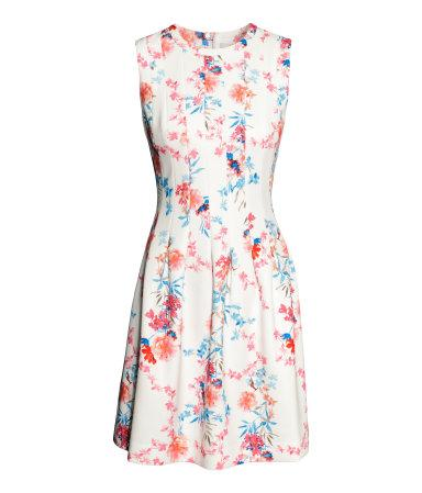 61 - (Junge, Kleid, als Mädchen verkleiden)