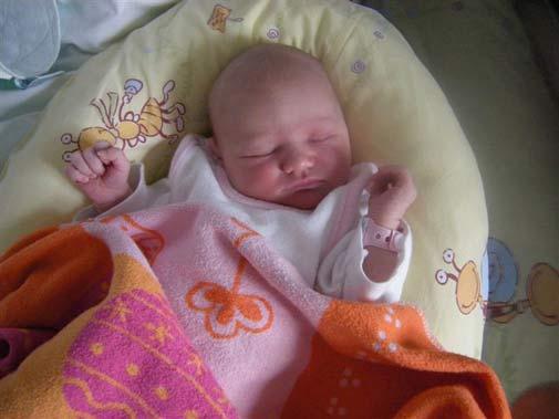 meine kleine Tochter 1 Tag alt. - (Kinder, Baby, Geburt)